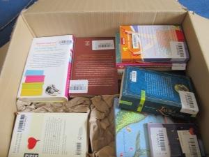 28 Bücher in dieser Kiste